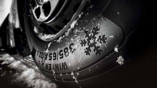 Guma – materiál známý po celá staletí je dodnes nepostradatelný, bez ní by svět ustrnul vpohybu