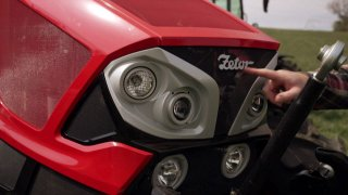 Recenze Traktoru Zetor ZetorForterra HSX 140