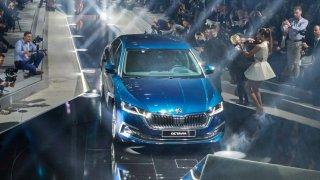 Nová Škoda Octavia si očima zahraničních médií zadělala na problém v koncernu VW. Je až příliš dobrá