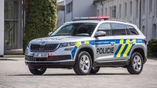 Policie dostala 500 kodiaqů. Kromě majáků a polepů jde o standardní auta