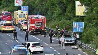 Policie obvinila řidičku, která při nehodě zabila policistu. Stíhá ji ale na svobodě
