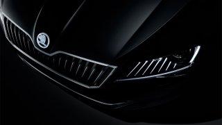 Škoda Superb Black Crystal - Obrázek 2