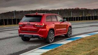 10 nejrychlejších SUV. Krabice s výkony sporťáků