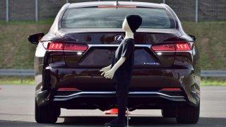 Test podpory brzdění při parkování