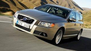 Volvo má hodně náročné léto. Kvůli řadě problémů svolává miliony aut do servisů