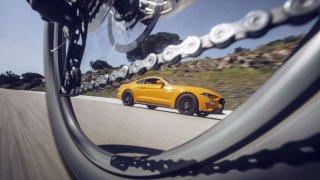 Ford vyzývá řidiče a cyklisty ke sdílení silnic