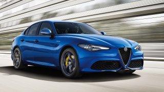 Chce majitel za ojetou Alfu Romeo Giulia více než půl miliónu? Dejte je, jen když bude v záruce
