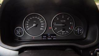 BMW X3 xDrive20d interiér 3