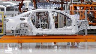 Audi A8 čtvrté generace 3