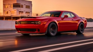 Dodge Challenger Demon nabízí spoustu muziky za má