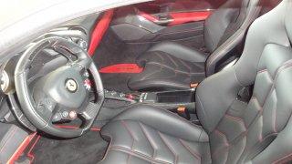 Ferrari 488 GTB interier  1