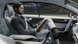 Užívejte si volant. Zákony pro autonomní řízení už se chystají