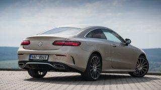 Mercedes-Benz E300 Coupe exteriér 3
