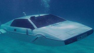 Lotus Esprit S1 ve filmu s Jamesem Bondem