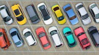 Víte, co o vás prozrazuje barva vašeho auta?