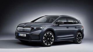 Škoda Enyaq Sportline iV má snížený podvozek i sportovní sedadla, maximálka je ale omezená