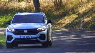 Minutový test: Volkswagen Touareg s naftovým V8. Tohle jsou jeho plusy a minusy