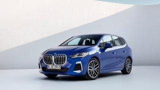 Nové BMW řady 2 Active Tourer dorazí na trh v únoru 2022. Pod kapotou se dočká elektrifikace