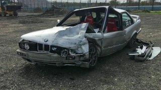 BMW selhaly brzdy ve 177 km/h. Podívejte se, co zachránilo posádku