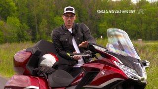 Recenze motocyklu Honda GL1800 Goldwing Tour