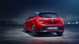 Toyota chce do dvou let prodat million hybridů