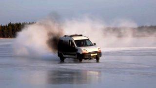 I Renault Kangoo může být strašidelným autem.