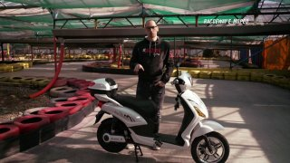 Recenze skútru Racceway E-Moped