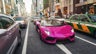 Lamborghini Aventador v růžové 2