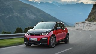 Ostřejší BMW i3S vypadá skvěle! Ukáže se už ve Frankfurtu