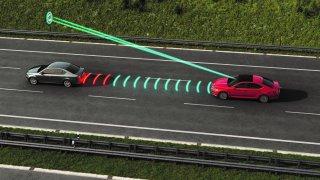 Nová Škoda Superb umí jezdit skoro sama. Vyzkoušeli jsme její prediktivní tempomat