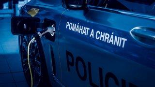 BMW 7 policie