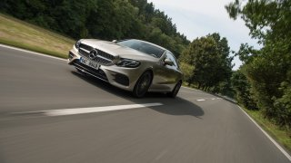 Mercedes-Benz E300 Coupe jízda 3