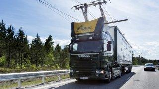 Už i v Německu. Na Autobahnu přibudou dráty pro elektrické kamiony