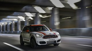 MINI John Cooper Works Countryman 6