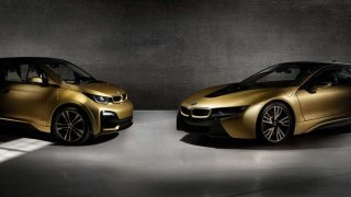 Vozy BMW i8 a i3 STARLIGHT Edition budou vydraženy