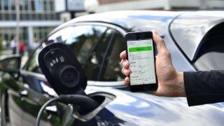 Porsche spouští digitální službu pro nabíjení vozidel s elektrickým pohonem