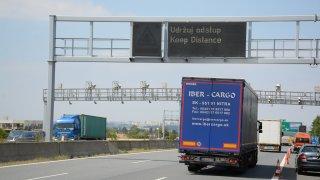 Oprava dálnice D1 znovu odstartovala. Na řidiče čekají rekordně dlouhé uzavírky i radary