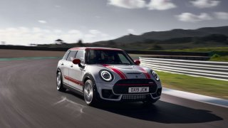 MINI John Cooper Works Clubman 1