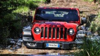 Není pohon všech kol jako pohon všech kol. U vozů značky Jeep jsme našli devět odlišných systémů