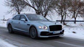 Bentley Flying Spur V8 uhrane nováčka ve světě luxusu. Matador v něm vidí stopy po spolupráci s Audi