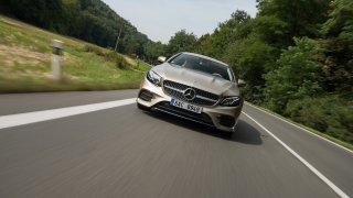Mercedes-Benz E300 Coupe jízda 4