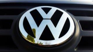 Průlomový rozsudek v Dieselgate: Majitel cinklého VW dostane odškodnění i po opravě. Češi mají smůlu