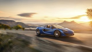 McLaren 570S Spider, další super rychlý kabriolet na léto