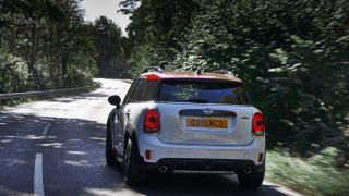 MINI John Cooper Works Countryman 5
