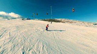 Skvělé lyžování 3 400 metrů vysoko. Vyjeli jsme SsangYongem Rexton na tureckou sopku Erciyes