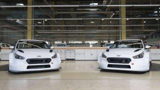Hyundai Motorsport dodal prvním zákazníkům nový speciál i30 N TCR