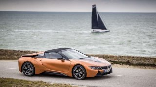 """BMW podporuje tým Malizia v jachtařském závodě """"okolo světa"""""""