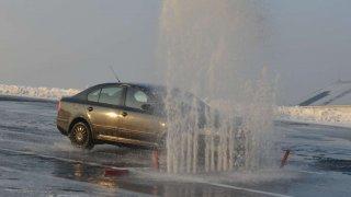 Na autodromu v Mostě si mohou řidiči vylepšit bilanci trestných bodů