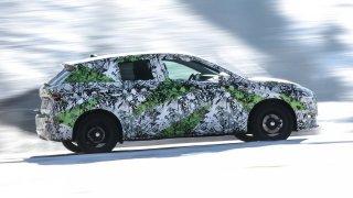 Nová Škoda Fabia může jet rychleji než BMW řady 3 nebo jaguar. Přitom se spokojí s nízkou spotřebou