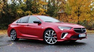 Test Opelu Insignia GSi: Omlazený klasik střední třídy umí sportovat, jeho jistoty jsou ale jinde